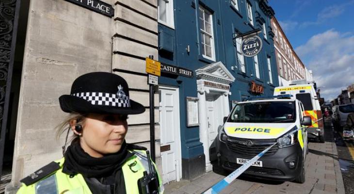 Полиция сообщила об отравлении двух человек неизвестным веществом близ Солсбери