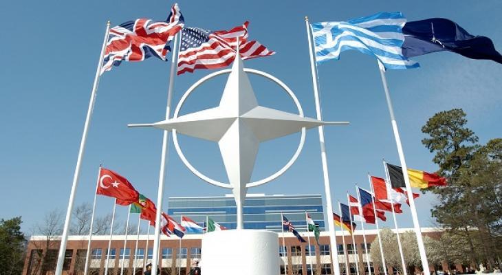 Великобритания намерена призвать европейских союзников по НАТО выполнять финансовые обязательства перед альянсом в полном объеме.