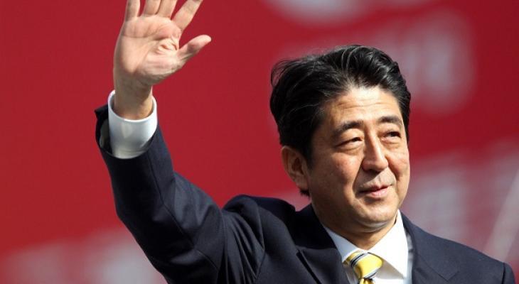 Синдзо Абэ в конце декабря впервые посетит с визитом американскую базу Перл-Харбор.