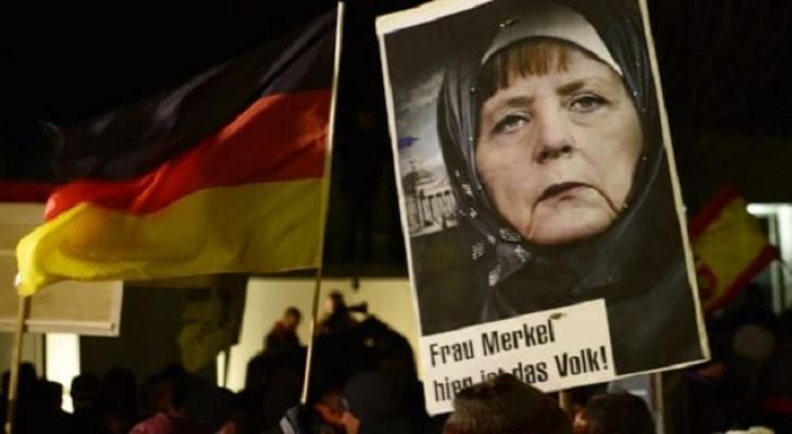 Протесты против Меркель в Саксонии и Финстервальде