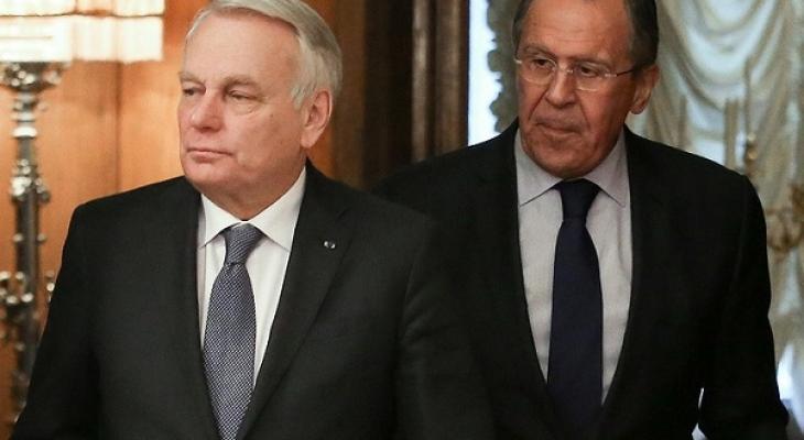 Глава МИД Франции Ж. Эйро и глава МИД РФ С.В. Лавров