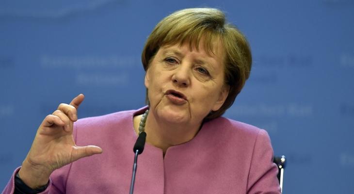 Меркель заявила, что Россия сможет вернуться в G7 только выполнив определенное условие