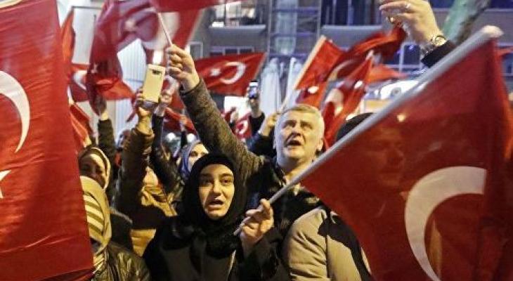 Митинг граждан Турции
