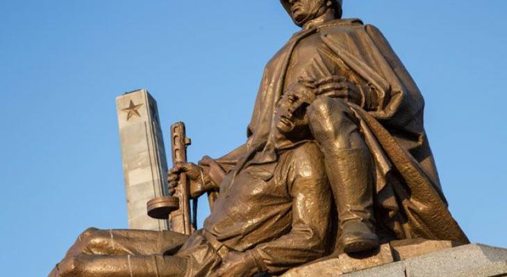 В Польше отозван закон о сносе памятников советским солдатам