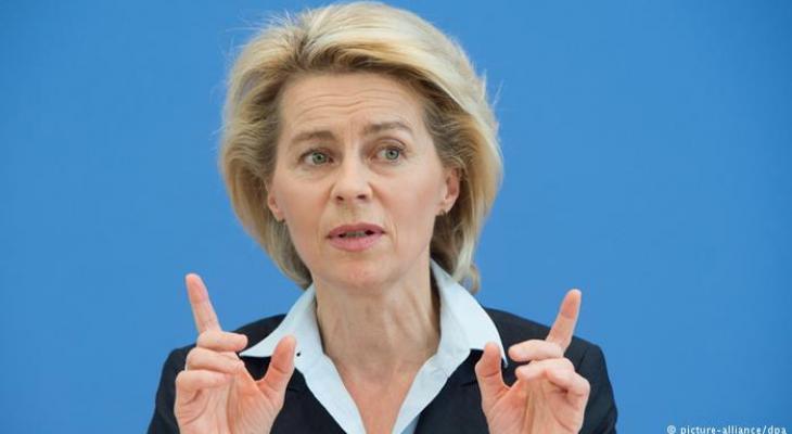 Министр обороны ФРГ призвала Россию рассказать о своих войсках