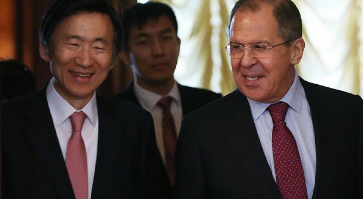 Главы МИД Южной Кореи и России: Юн Бён Се и Сергей Лавров