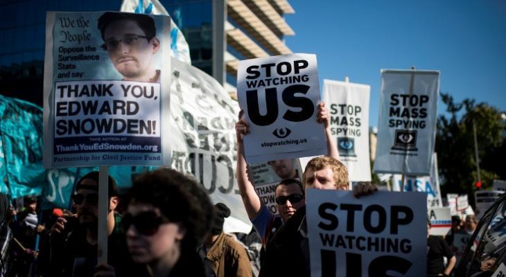 Вернуть Сноудена: громкая акция американский активистов набирает обороты
