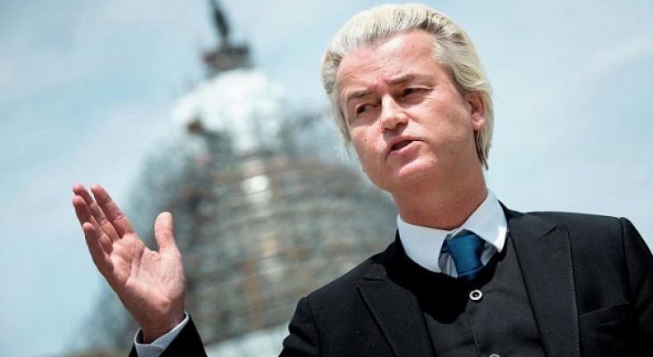 Лидер Партии Свободы Нидерландов Герт Вилдерс, известный своей антиисламской риторикой, обвиняется в разжигании межнациональной розни за комментарии, которые он сделал в ходе местных выборов в Нидерландах в 2014 году.