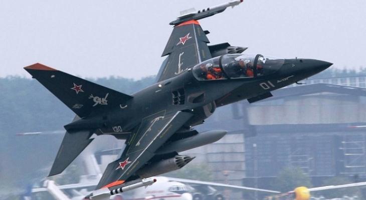 Российский самолёт Як-130